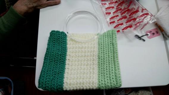 編み物のバッグ